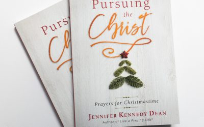 "Book Giveaway–""Pursuing the Christ: Prayers for Christmastime"" by Jennifer Kennedy Dean"